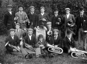 Holymoorside Band from the 1890s